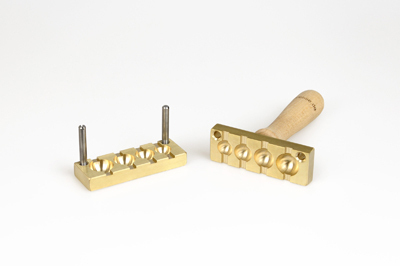Bead press for the flat mandrels: four balls - 14, 16, 18 and 20mm, mandrel guides 5x2mm