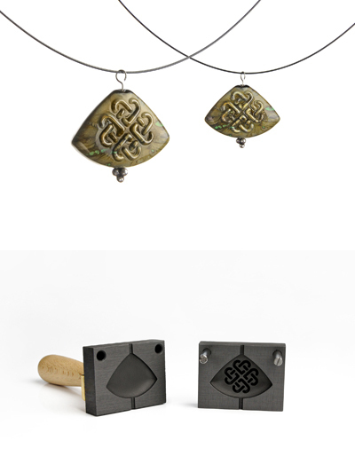 Bead press pendant with celtic pattern (pattern 12_4)